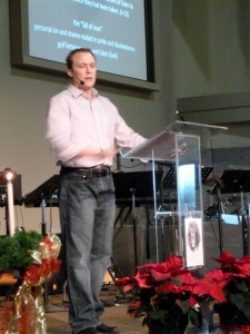 Andy preaching at New Life Christian Fellowship in Grand Rapids